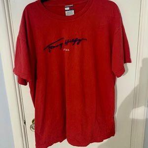 Tommy Hilfiger vintage t shirt